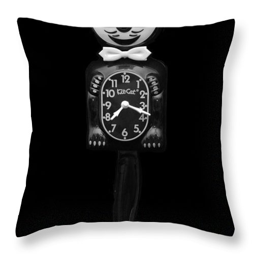 Black And White Throw Pillow featuring the photograph Kit Cat Klock by Rob Hans