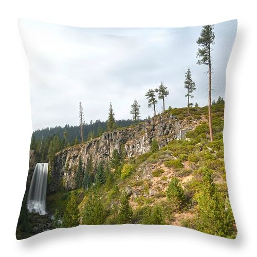 Waterfall Throw Pillow featuring the photograph Tumalo Falls by Ashlee Exum