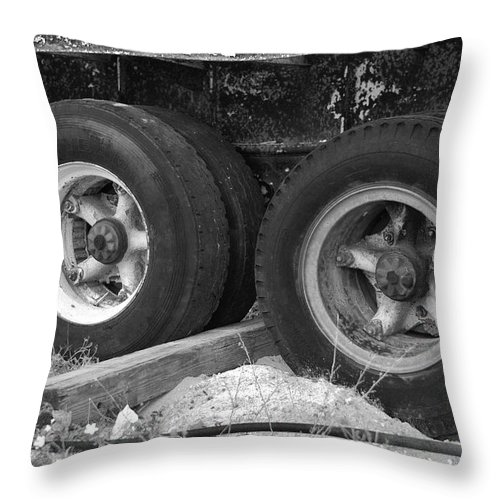 Black And White Throw Pillow featuring the photograph 4 Wheel Drive by Rob Hans