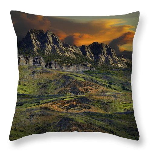 Mountains Throw Pillow featuring the photograph 4592 by Peter Holme III