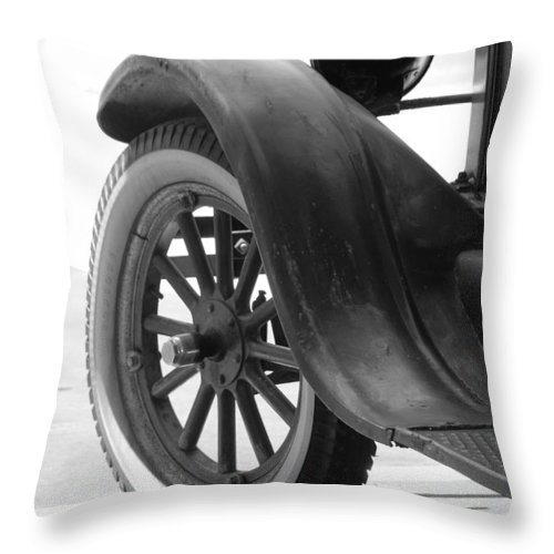 Black And White Throw Pillow featuring the photograph 1926 Model T Ford by Rob Hans