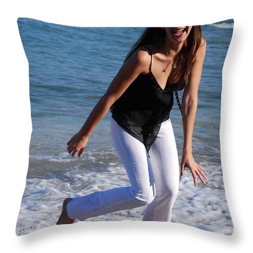 Sea Scape Throw Pillow featuring the photograph Gisele by Rob Hans