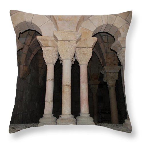 Arches Throw Pillow featuring the photograph Miami Monastery by Rob Hans