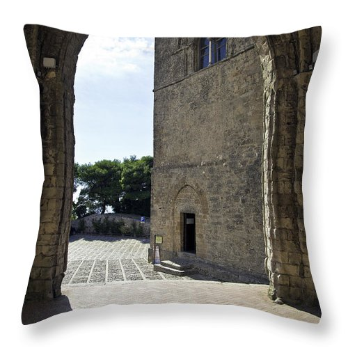 Arch Throw Pillow featuring the photograph A Gothic View II by Madeline Ellis