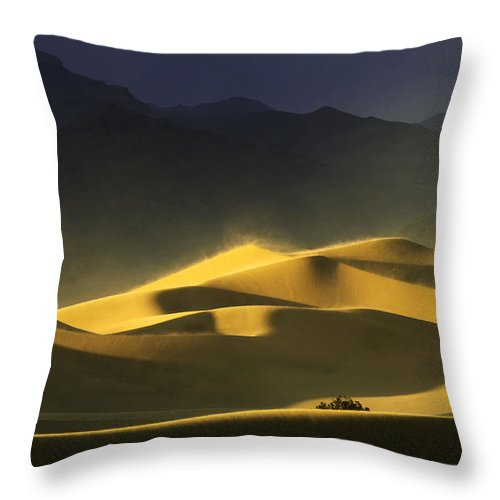Death Valley Throw Pillow featuring the photograph A Quiet Place by Bob Christopher