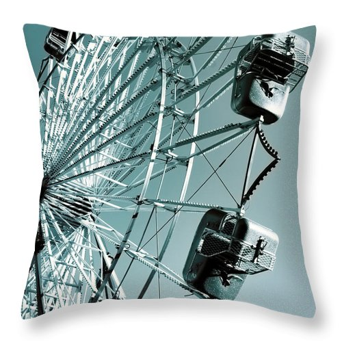 Ferris Wheel Throw Pillow featuring the photograph A Summer Ride by Donna Lee