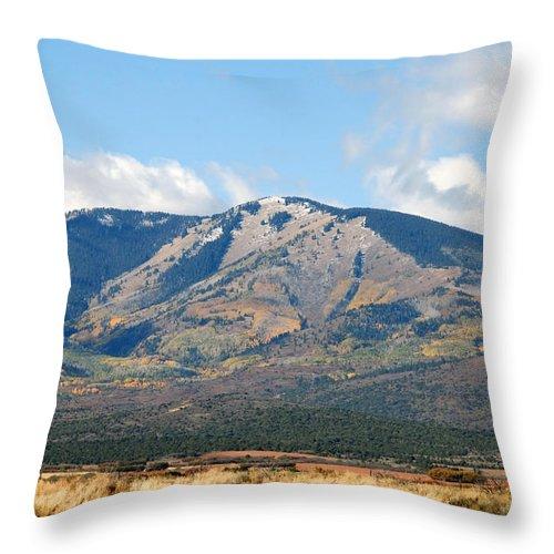Abajo Mountains Utah Throw Pillow featuring the photograph Abajo Mountains Utah by David Lee Thompson