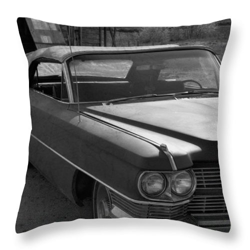 Cadillac Throw Pillow featuring the photograph Abandoned Classic by Richard Rizzo