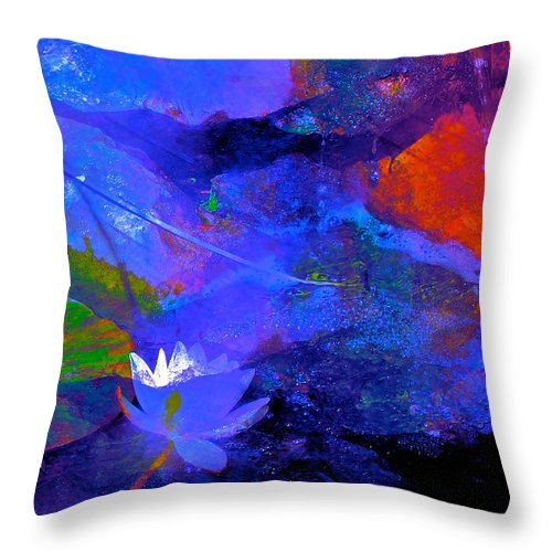 Abstract Throw Pillow featuring the photograph Abstract 112 by Pamela Cooper