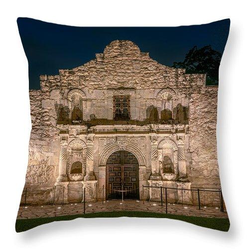 Joan Carroll Throw Pillow featuring the photograph Alamo Dawn by Joan Carroll