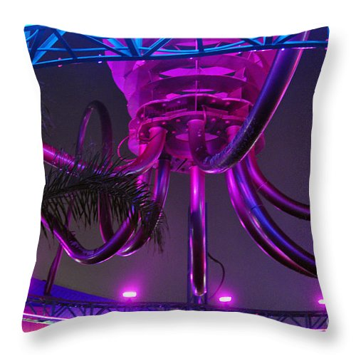 Clay Throw Pillow featuring the photograph Alien Ship Or What by Clayton Bruster
