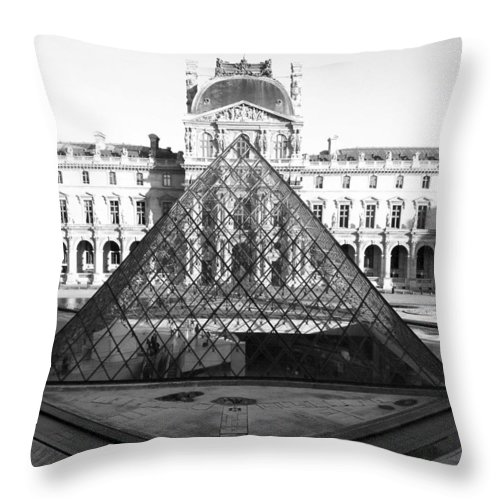 Pyramids Throw Pillow featuring the photograph Aligned Pyramids At The Louvre by Donna Corless