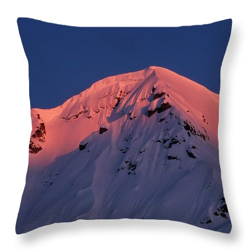 Alpenglow Throw Pillow featuring the photograph Alpenglow by Ronnie Glover