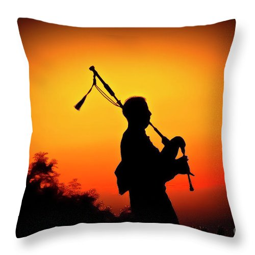 Sunset Throw Pillow featuring the photograph Amazing Grace by Jim Cazel