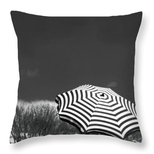 Beach Throw Pillow featuring the photograph An English Summer by Dorit Fuhg