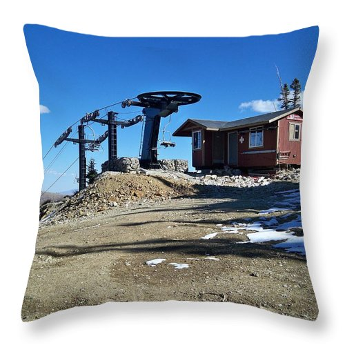 Landscape Throw Pillow featuring the photograph Anticipation by Michael Cuozzo