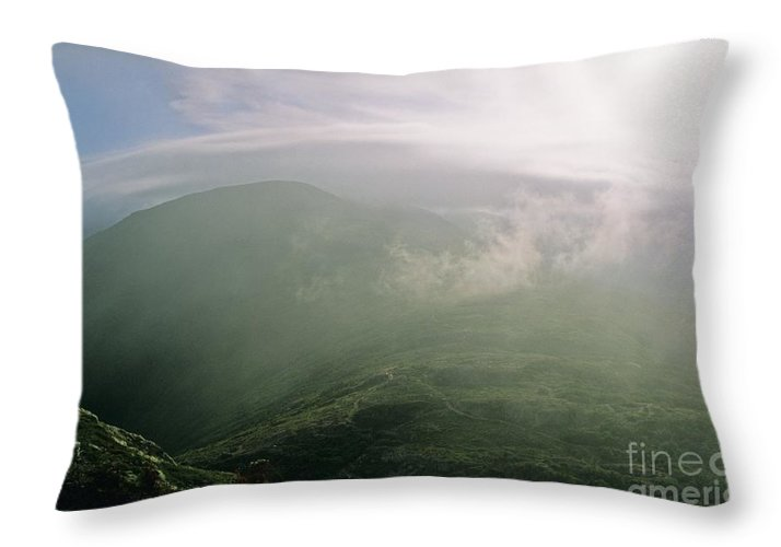 Appalachian Trail Throw Pillow featuring the photograph Appalachian Trail - White Mountains New Hampshire Usa by Erin Paul Donovan