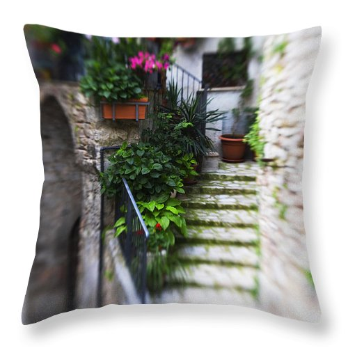 Italy Throw Pillow featuring the photograph Archway And Stairs by Marilyn Hunt