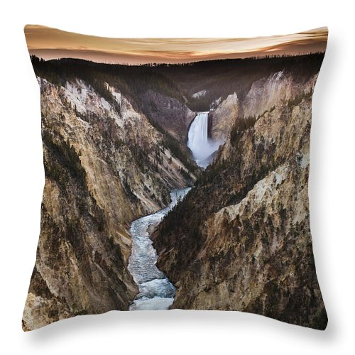Canyon Throw Pillow featuring the photograph Artist Point Canyon Falls by Chad Davis