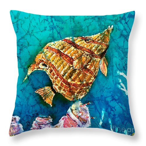 Beaked Butterflyfish Throw Pillow featuring the painting Ascending by Sue Duda