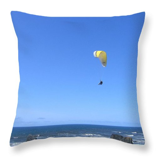 Bandon Throw Pillow featuring the photograph Bandon 10 by Will Borden