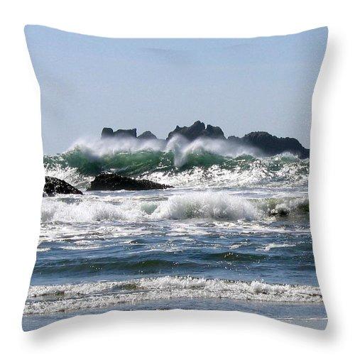 Bandon Throw Pillow featuring the photograph Bandon 20 by Will Borden