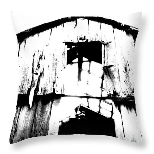 Barn Throw Pillow featuring the photograph Barn by Amanda Barcon