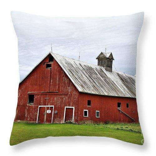 Barn Throw Pillow featuring the photograph Barn With A Cross by Deborah Benoit