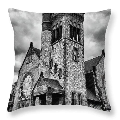 Batavia Ny Throw Pillow featuring the photograph Batavia Baptist Church 2161 by Guy Whiteley