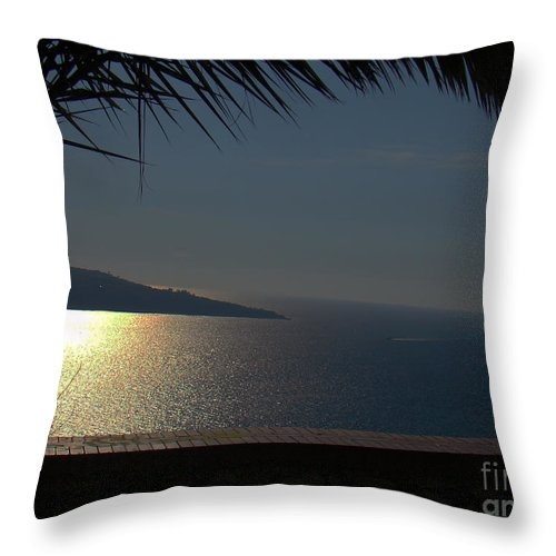 Al Bourassa Throw Pillow featuring the photograph Bay Of Naples IIi by Al Bourassa