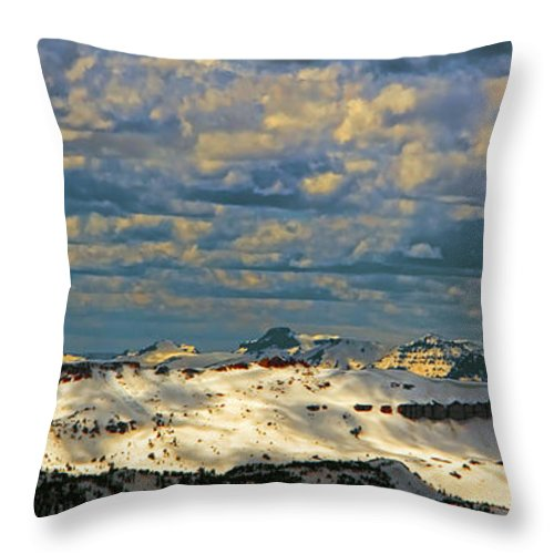 Beartooth Butte ( Red On Left) And Pilot & Index Mountains ( Peaks On Right) Are Seen From Beartooth Highway Throw Pillow featuring the photograph Bear Tooth Mountain Range by Gary Beeler