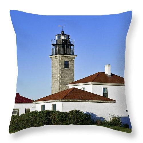 Beavertail Light Throw Pillow featuring the photograph Beavertail Lighthouse Rhode Island by John Greim