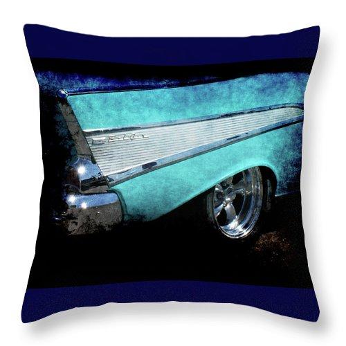 Bel Air Throw Pillow featuring the photograph Bel Air by Ernie Echols