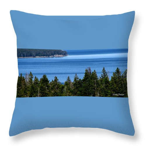 Patzer Throw Pillow featuring the photograph Bend In Columbia by Greg Patzer