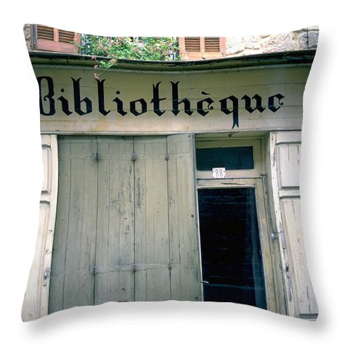Bibliotheque Throw Pillow featuring the photograph Bibliotheque by Flavia Westerwelle