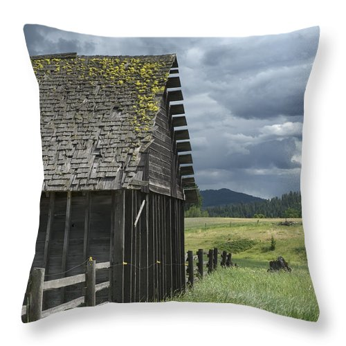Big Sky Throw Pillow featuring the photograph Big Sky Cabin by Sandra Bronstein
