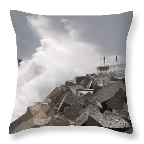 Spain Throw Pillow featuring the photograph Big Waves IIi by Rafa Rivas