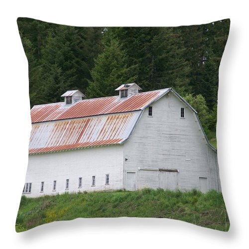 White Throw Pillow featuring the photograph Big White Old Barn With Rusty Roof Washington State by Laurie Kidd