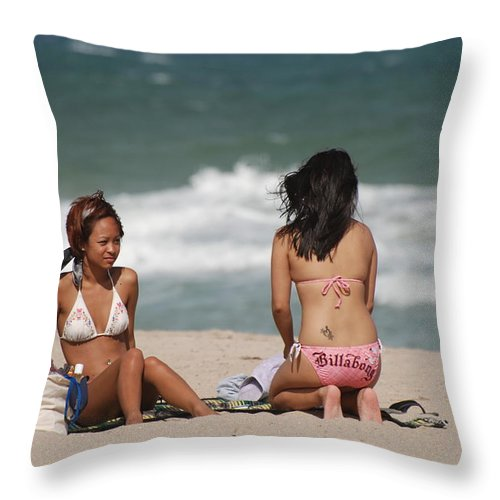 Sea Scape Throw Pillow featuring the photograph Billabong Girls by Rob Hans