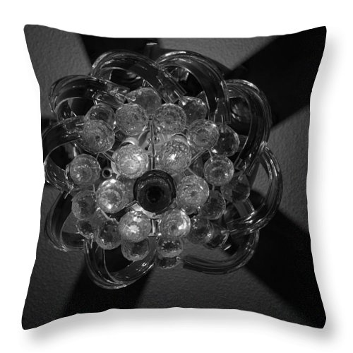 Fan Throw Pillow featuring the photograph Black And White Crystal by Rob Hans