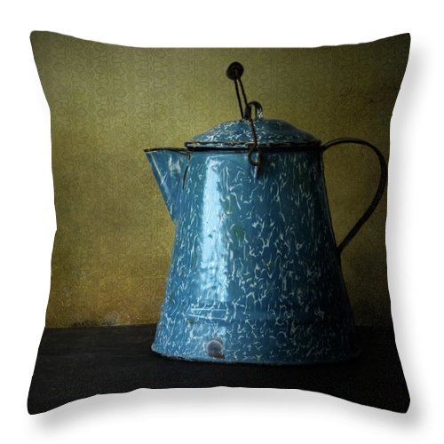 Antique Throw Pillow featuring the photograph Blue Enamelware Coffee Pot by David and Carol Kelly