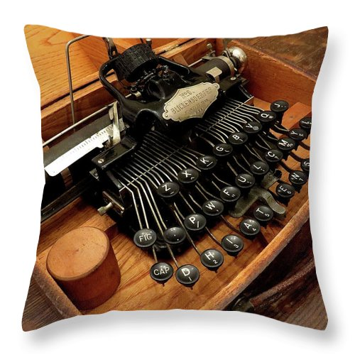 Typewriters Throw Pillow featuring the photograph Blickensderfer No. 5 by Linda Stern