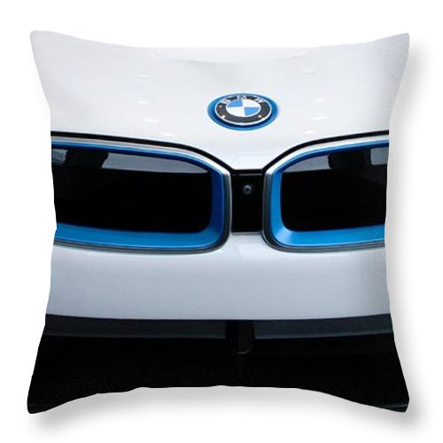Bmw I8 Throw Pillow featuring the photograph Bmw E Drive I8 by Aaron Berg