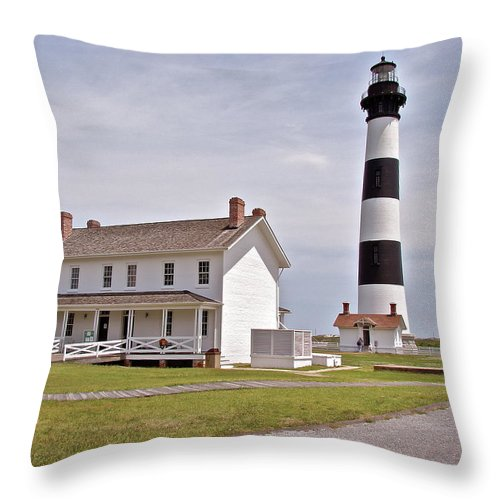 Bodie Lighthouse Throw Pillow featuring the photograph Bodie Lighthouse Nags Head Nc by Brett Winn