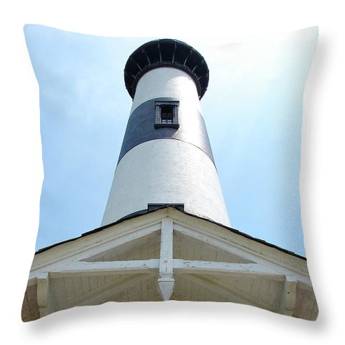 Bodie Lighthouse Throw Pillow featuring the photograph Bodie Lighthouse Nags Head NC III by Brett Winn