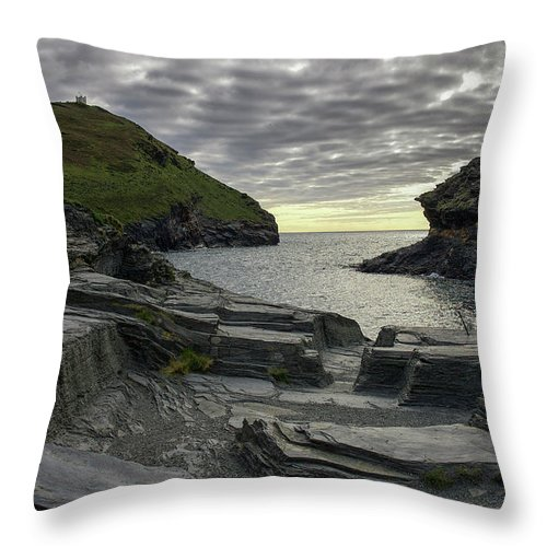 Cornwall Throw Pillow featuring the photograph Boscastle Headland by Christopher Rees