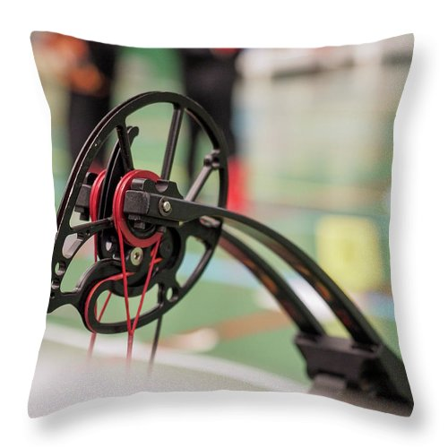Bow Throw Pillow featuring the photograph Bow by Hector Lacunza
