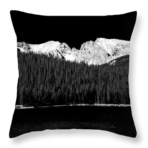 Brainard Lake Throw Pillow featuring the photograph Brainard Lake - Indian Peaks by James BO Insogna