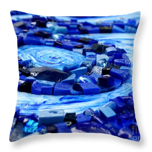 Mosaic Throw Pillow featuring the photograph Breeze by Valerie Fuqua