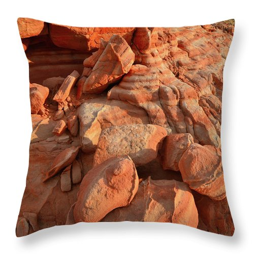 Valley Of Fire State Park Throw Pillow featuring the photograph Brilliantly Colored Sandstone At Sunrise In Valley Of Fire by Ray Mathis
